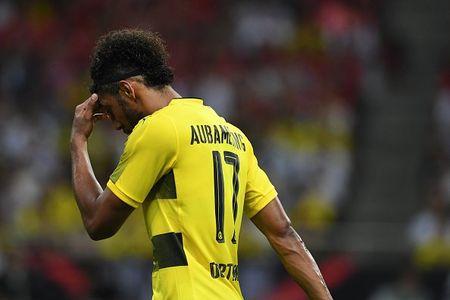 Urawa Red 2-3 Dortmund: Messi Tho Nhi Ky lap cu dup - Anh 11