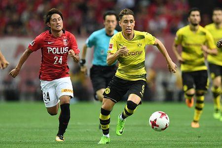 Urawa Red 2-3 Dortmund: Messi Tho Nhi Ky lap cu dup - Anh 3
