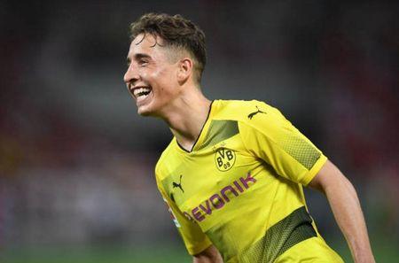Urawa Red 2-3 Dortmund: Messi Tho Nhi Ky lap cu dup - Anh 6