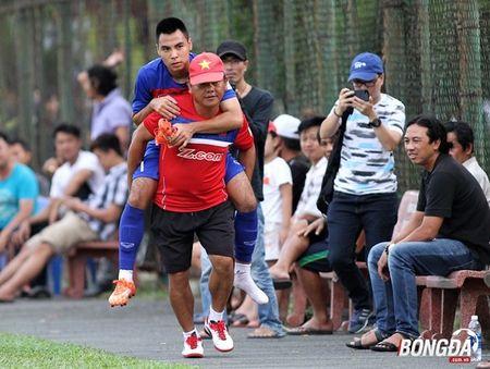 Duc Huy gap chan thuong khong tuong o U22 Viet Nam - Anh 3