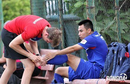 Duc Huy gap chan thuong khong tuong o U22 Viet Nam - Anh 4