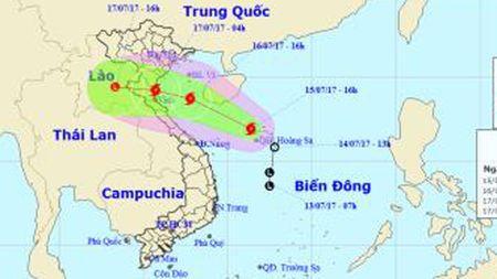 Bao so 2 dang huong vao cac tinh tu Nam Dinh den Ha Tinh - Anh 1