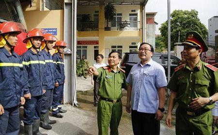Bi thu Hoang Trung Hai: Moi nha dan deu phai co phuong an phong chay, chua chay - Anh 1