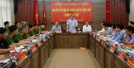 Bi thu Hoang Trung Hai: Moi nha dan deu phai co phuong an phong chay, chua chay - Anh 2