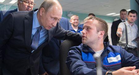 Ong Putin thich tro chuyen voi nguoi quyet dinh tuong lai nuoc Nga - Anh 1
