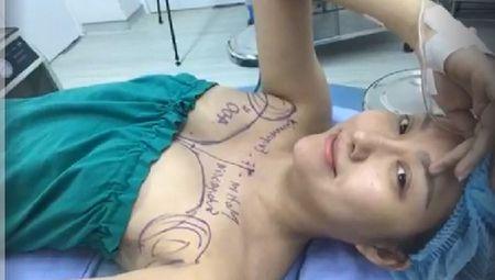Phi Thanh Van tren giuong 'dao keo' tiet lo qua khu dang cay - Anh 4