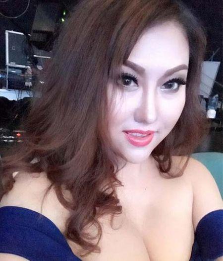 Phi Thanh Van tren giuong 'dao keo' tiet lo qua khu dang cay - Anh 7