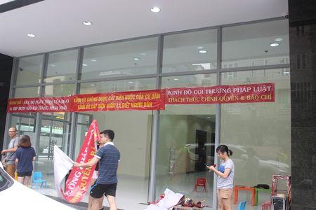 Ha Noi: Cu dan Capital Garden cang bang ron phan doi chu dau tu dot ngot cat dien, nuoc - Anh 3