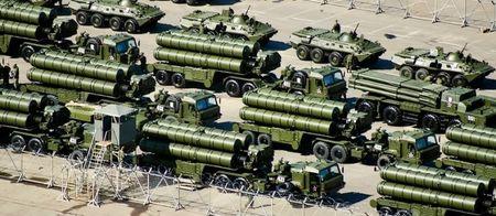 Tho Nhi Ky mua 'hang khung' S-400 cua Nga, 'choc tuc' NATO? - Anh 1