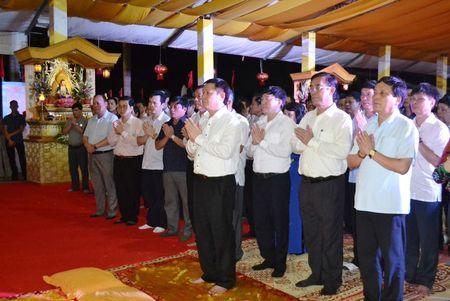Doan cong tac Chinh phu vieng Nghia trang Liet sy tai Quang Tri - Anh 5