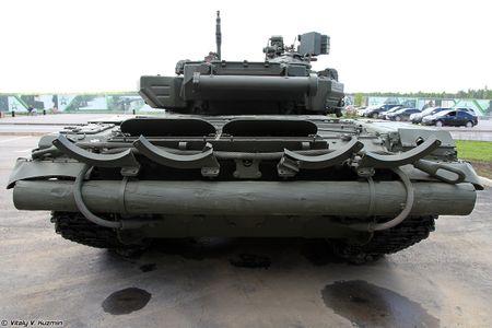 Soi ky the he dau cua dong xe tang T-90 danh tieng - Anh 6