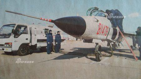 Kinh ngac nhiem vu cua may bay huan luyen JL-9 Trung Quoc - Anh 2