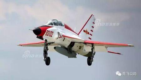 Kinh ngac nhiem vu cua may bay huan luyen JL-9 Trung Quoc - Anh 8
