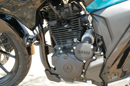 Moto gia 39 trieu, Yamaha FZ 25 'chay hang' tai An Do - Anh 6