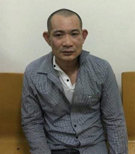 Tam giu hinh su nhan vien dam o be gai trong trung tam thuong mai - Anh 1