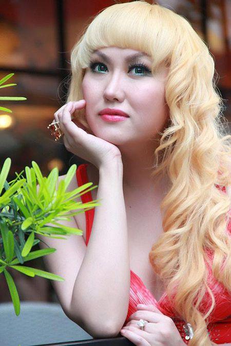 Phi Thanh Van livestream truoc khi dai phau thuat tham my lan 3 - Anh 2
