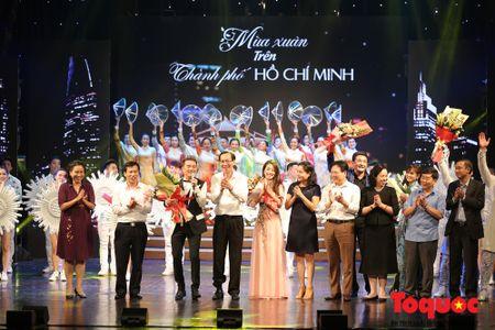 'Mua Xuan tren TP Ho Chi Minh' chinh phuc cam xuc cua khan gia Thu do - Anh 15