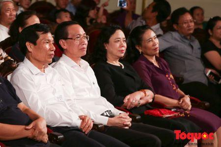 'Mua Xuan tren TP Ho Chi Minh' chinh phuc cam xuc cua khan gia Thu do - Anh 2