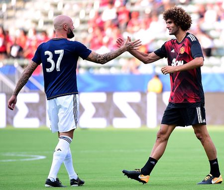 LA Galaxy vs Man Utd: Cho Lukaku toa sang - Anh 2
