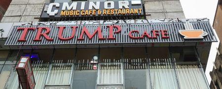 Cafe 'Donald Trump' hut khach tai Bangladesh - Anh 7