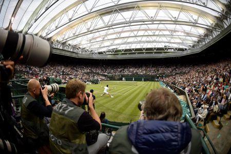 Federer vo dich Wimbledon, gianh danh hieu Grand Slam thu 19 - Anh 17