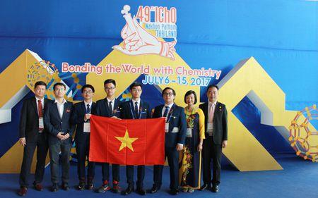 Uoc mo cua nam sinh doat lien tiep 2 HCV Olympic Hoa hoc quoc te - Anh 2