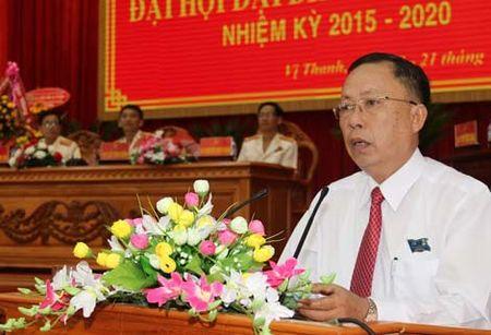 Bi thu Tinh uy Hau Giang lap duong day nong - Anh 1