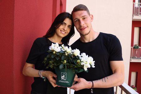 Chan dung nang hoa hau nam giu trai tim sao Torino - Anh 5