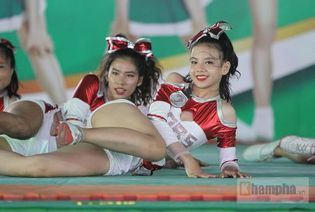 Dan nu sinh khoe tai sac tai giai the duc TPHCM 2017 - Anh 1