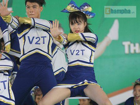 Dan nu sinh khoe tai sac tai giai the duc TPHCM 2017 - Anh 4