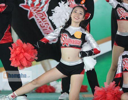 Dan nu sinh khoe tai sac tai giai the duc TPHCM 2017 - Anh 8