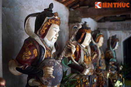 Choang ngop truoc ngoi chua co be the nhat Hung Yen - Anh 11
