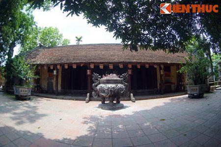 Choang ngop truoc ngoi chua co be the nhat Hung Yen - Anh 7