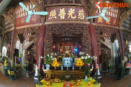 Choang ngop truoc ngoi chua co be the nhat Hung Yen - Anh 8
