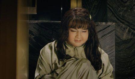 Minh Hang nhay sap san khau, bi Phuong Trinh Jolie - Rocker Nguyen loi dung - Anh 3