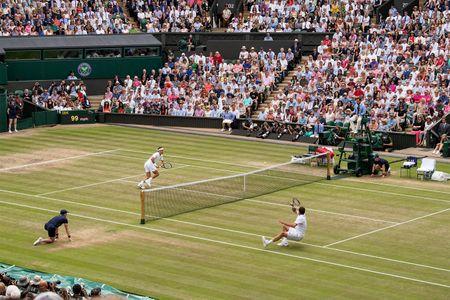 Roger Federer da tro thanh vi dai - Anh 1