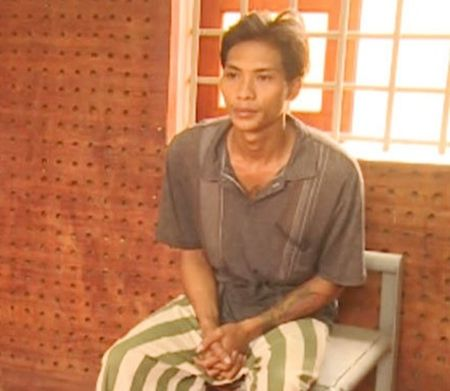Di ly doi tuong sat hai me cua ban gai ve Vinh Long de dieu tra - Anh 1