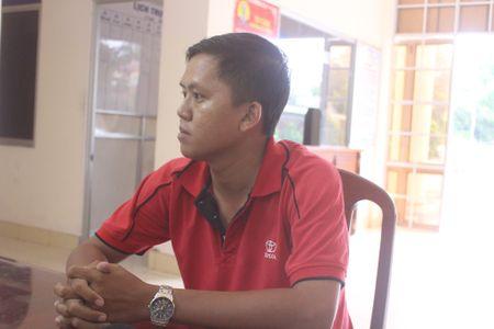 Loi tran tinh cua CSGT dung xe cho trung tuong Liem - Anh 1