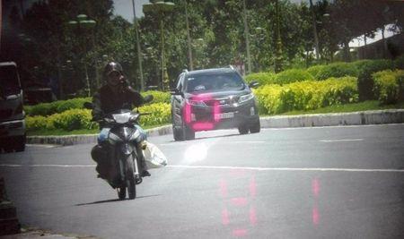 Loi tran tinh cua CSGT dung xe cho trung tuong Liem - Anh 2