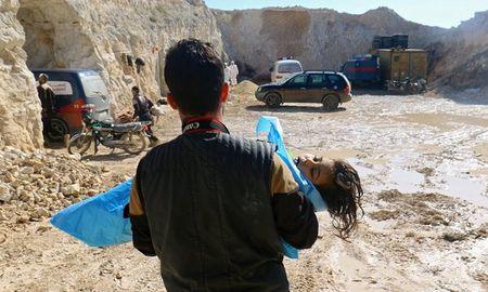 EU trung phat cac quan chuc Syria dinh liu den vu tan cong hoa hoc - Anh 1