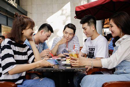 "Galaxy S8 nhan ""con mua"" loi khen trong trao luu #ComlimentChallenge - Anh 4"