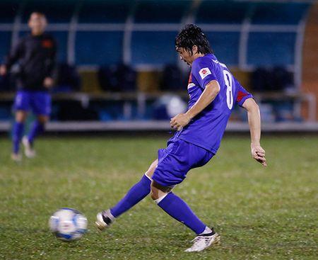 U23 Viet Nam: Tuan Anh tap hang say, HLV Huu Thang van chua vui - Anh 4