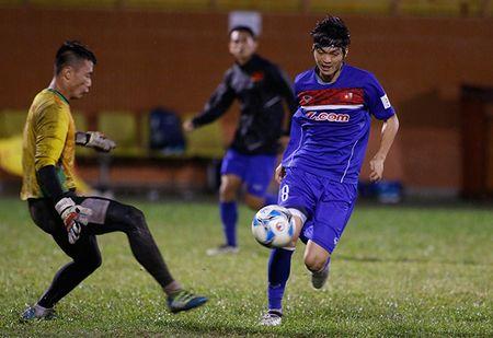 U23 Viet Nam: Tuan Anh tap hang say, HLV Huu Thang van chua vui - Anh 5