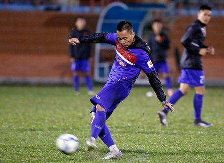 U23 Viet Nam: Tuan Anh tap hang say, HLV Huu Thang van chua vui - Anh 9