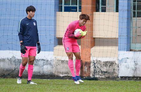 """Dau Cong Phuong, """"hotboy"""" U23 Han Quoc bi mat luyen cong - Anh 5"""