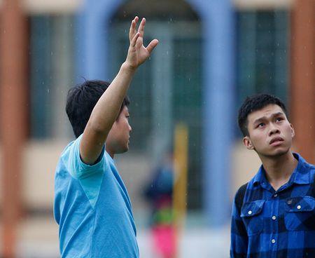"""Dau Cong Phuong, """"hotboy"""" U23 Han Quoc bi mat luyen cong - Anh 8"""