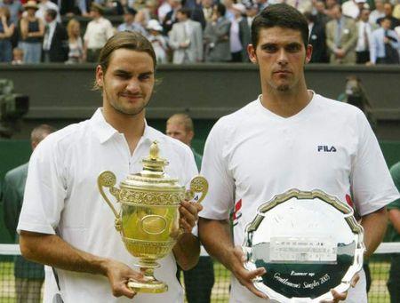 13 bai tuong tu 10 quoc gia trong 19 lan vo dich cua thien tai Roger Federer - Anh 19