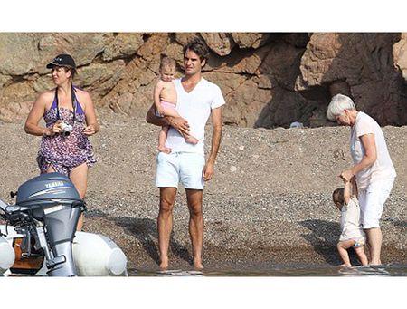Ve dep man ma cua Mirka, nguoi giup Federer tro thanh thien tai trong lang bong ni - Anh 6