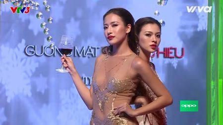Chien thang, Lan Khue dung nhin HLV The Face Thai Lan loai thi sinh - Anh 3