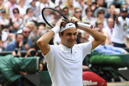 Roger Federer: 'Tau toc hanh' huyen thoai van chua chiu dung lai - Anh 1
